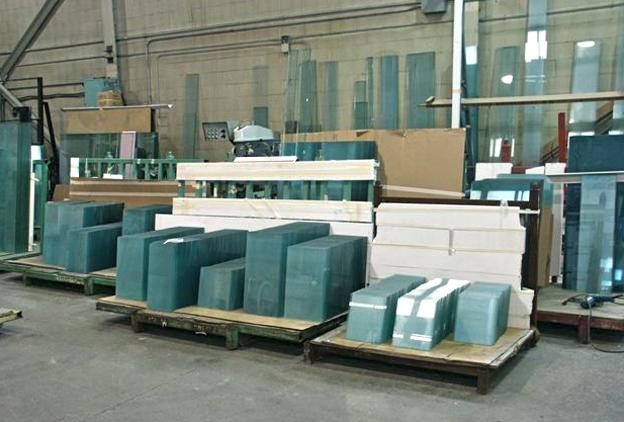 Aquarium manufacturer warehouse full of glass
