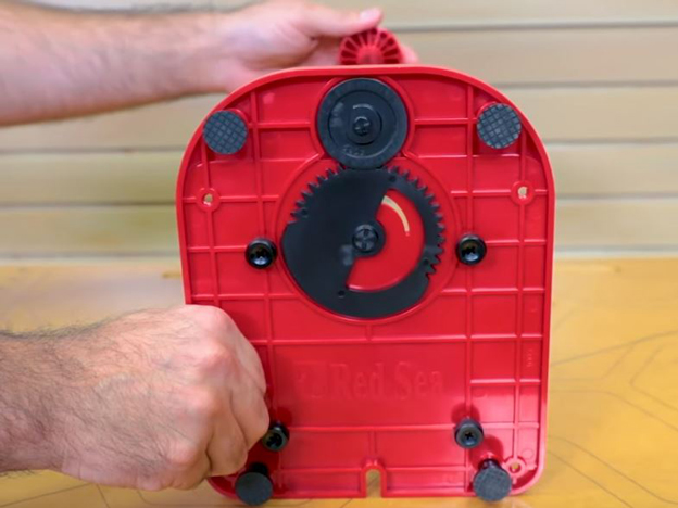 Geared adjustment base
